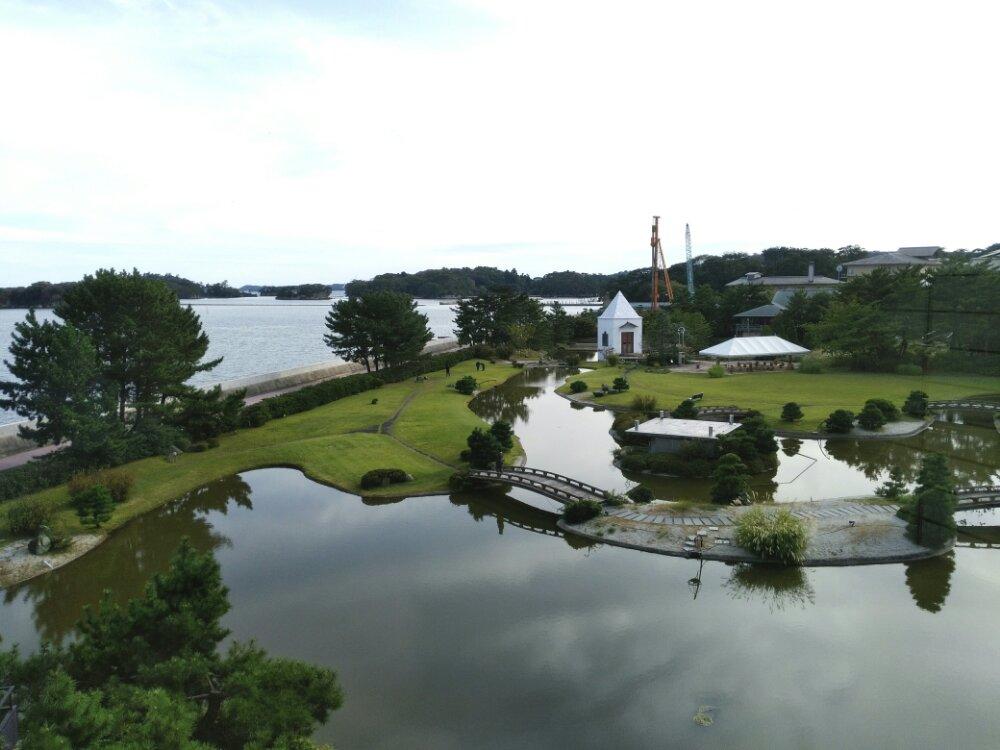 松島一の坊 部屋からの水上庭園
