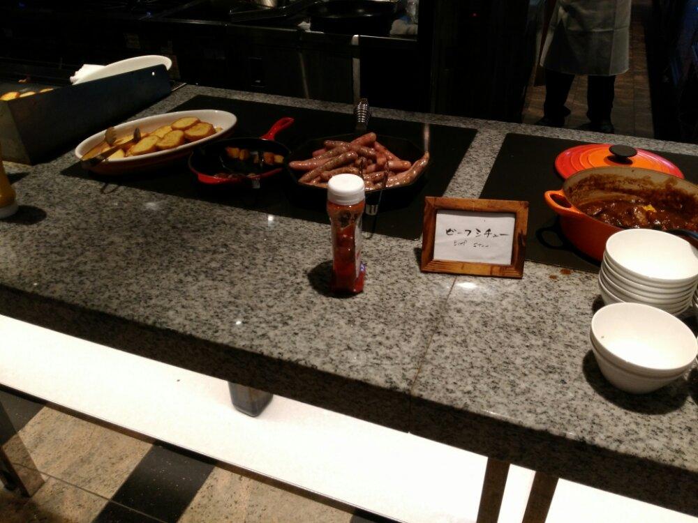 松島温泉 湯元一の坊の朝食(ビーフシチュー)