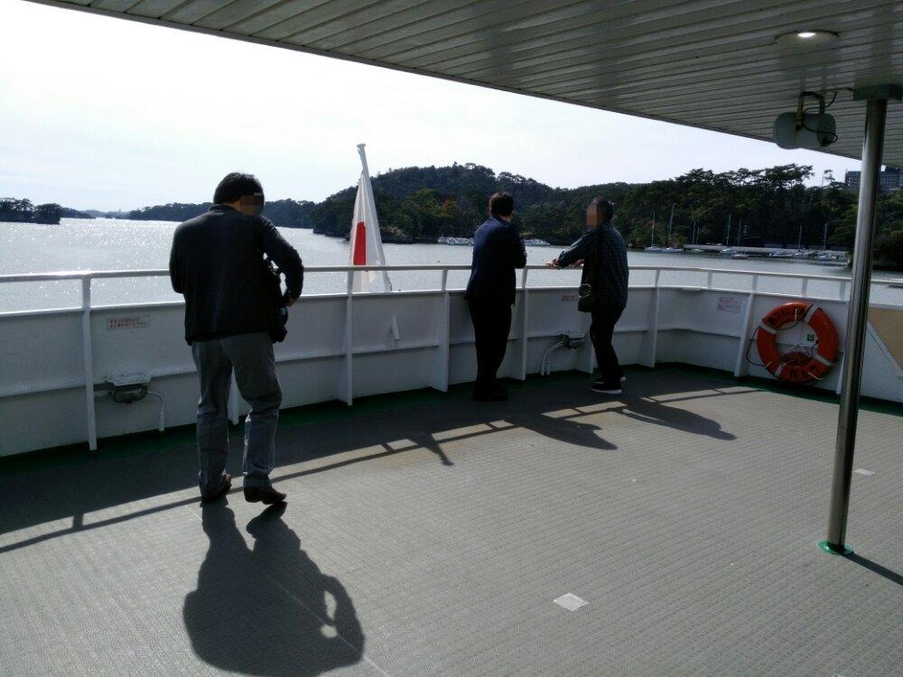 松島仁王丸の甲板