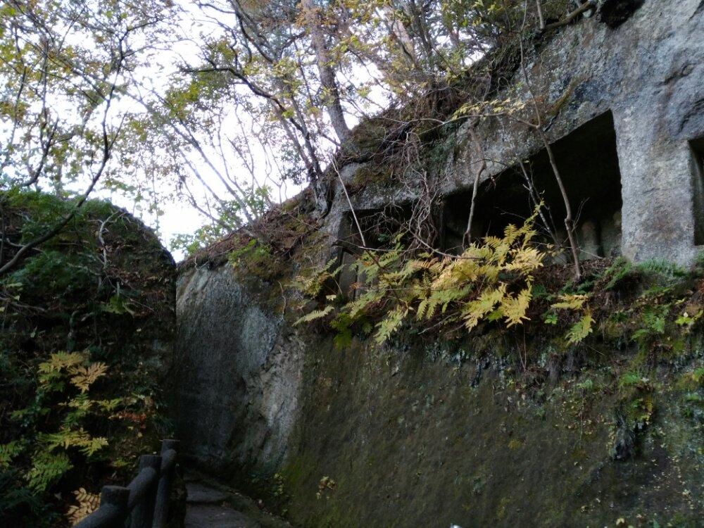 松島町雄島の洞窟と石壁