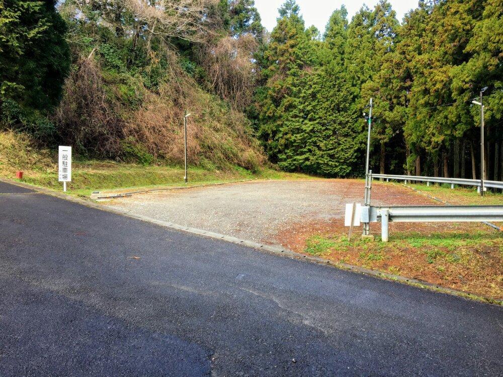 館山公園(利府城跡)の駐車場
